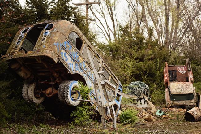 truckhenge bus