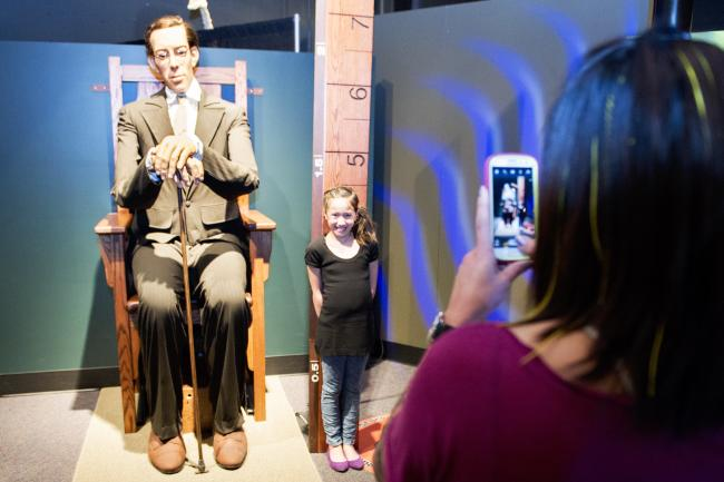 Ripley's Believe it or Not Exhibit at RMSC, Robert Wadlow World's Tallest Man