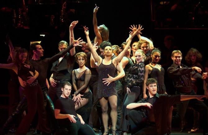 Performance of Chicago at Music Theatre Wichita