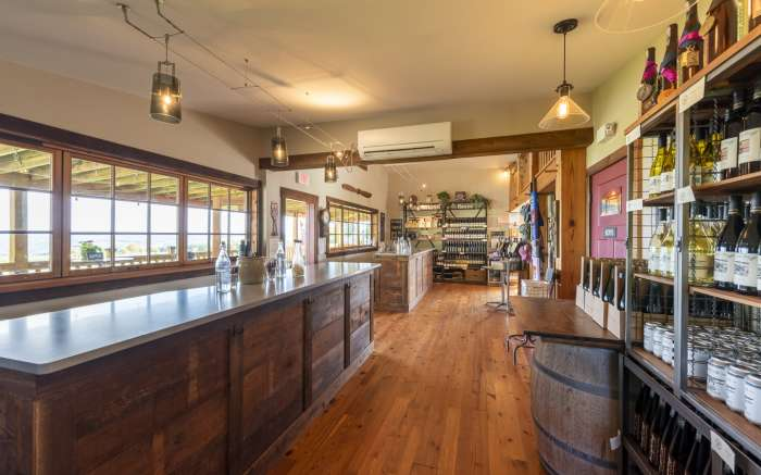 Point of the Bluff Tasting Room