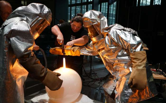 Journey to the Moon CMOG