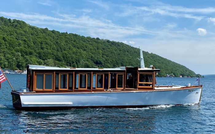 Pat II Keuka Lake Tour Boat