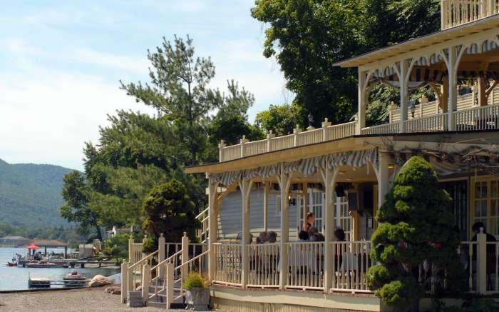 Snug Harbor Restaurant