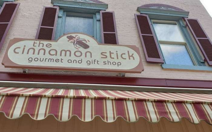 The Cinnamon Stick