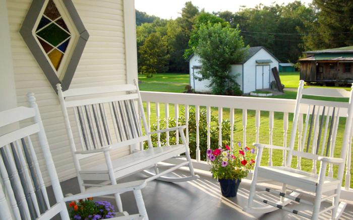 Country Seasons porch