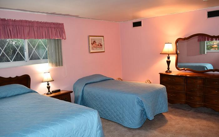 Apartment Pinkroom