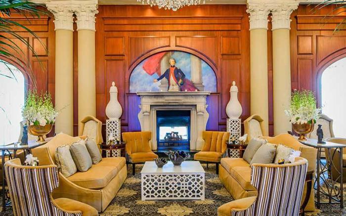 Chateau Lafayette Lobby