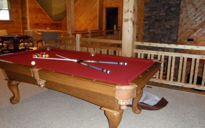 Pool and card table, wet bar on upper level
