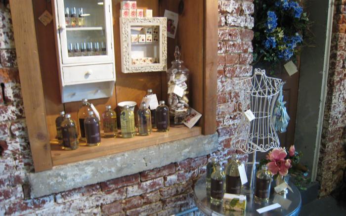 Neubauer's Flowers & Market House