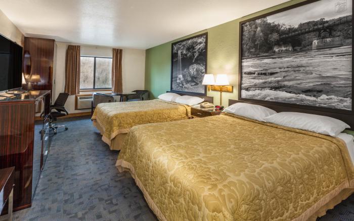 2 beds queens