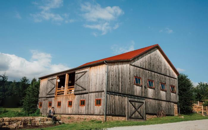 SanaView Farms Historic Barn