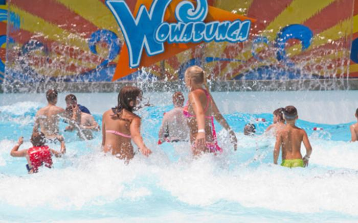 Idlewild and SoakZone - Wowabunga Family Wave Pool