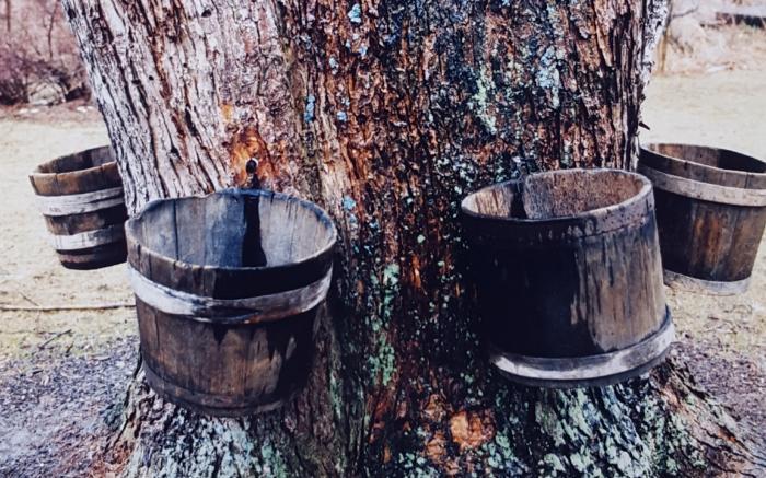 Wooden Keelers