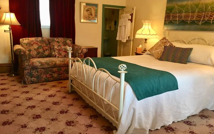 Campbell House Bed & Breakfast