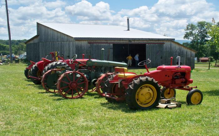 FORT ALLEN ANTIQUE FARM EQUIPMENT ASSOCIATION