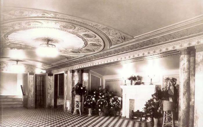 1922 Inner Lobby