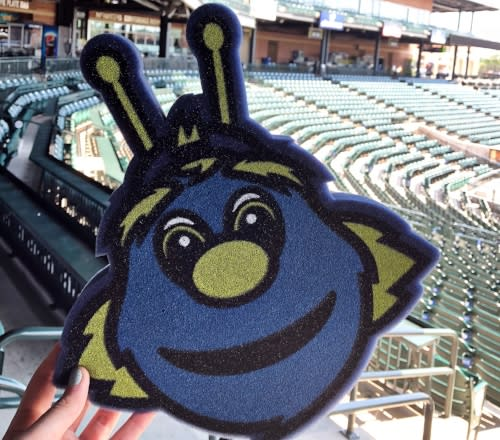 The Columbia Fireflies mascot