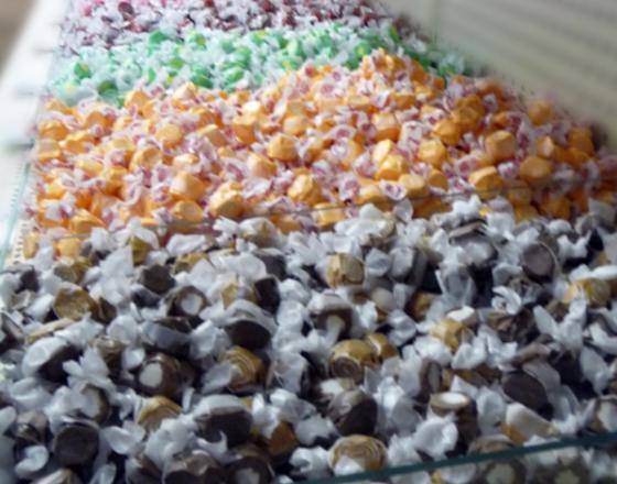 Wakarusa Dime Store