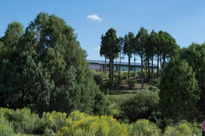 Panoramic Cliffs Retreat 1