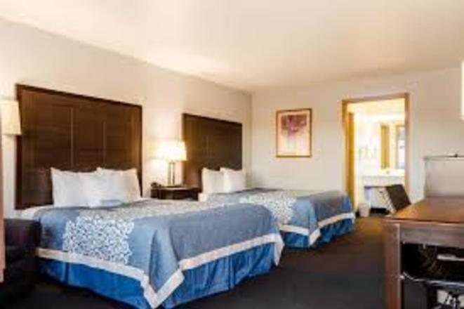 Day's Inn Room