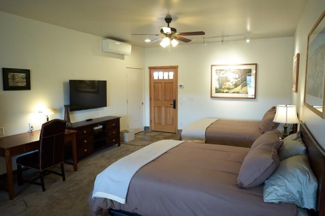 Entrada Lodge Room