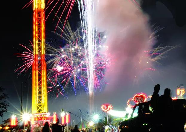 Buchanan Community Carnival Fireworks