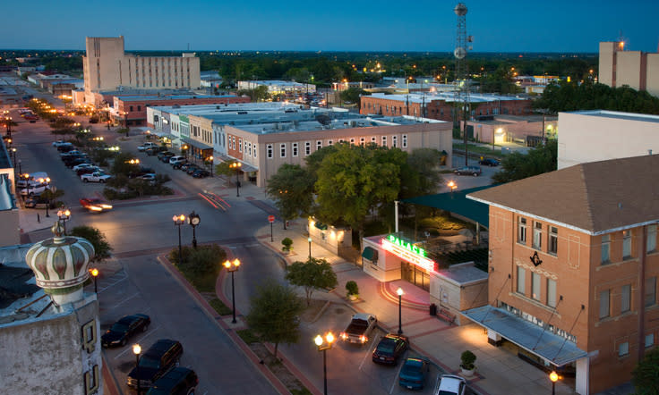 Plan Visit to Downtown Bryan