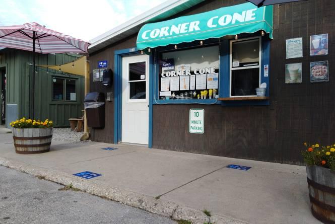 Corner cone