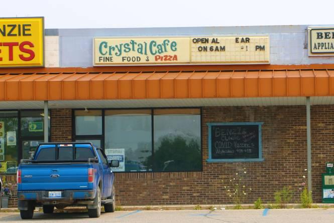 Crystal Café