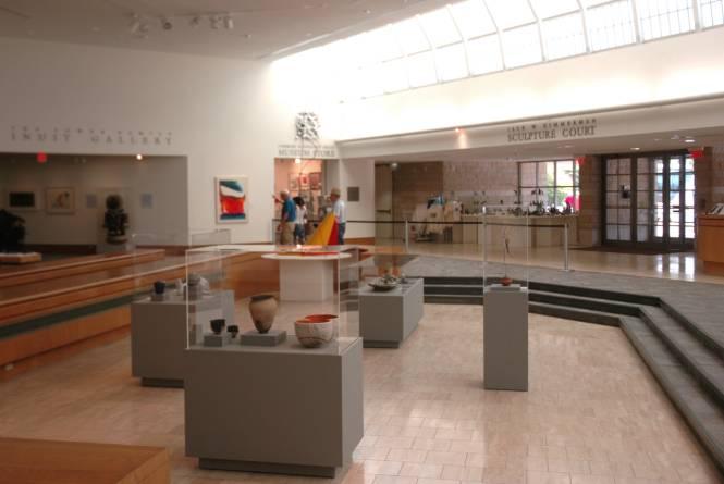 Dennos Museum Center