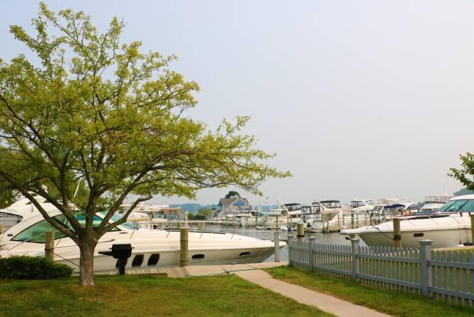 Jacobson Marina Resort
