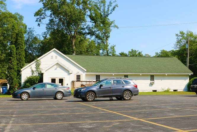 Pine Grove Church of God