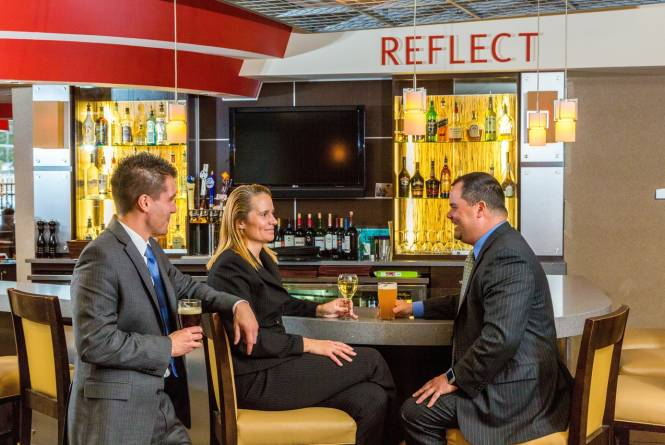 Reflect Bistro & Lobby Bar
