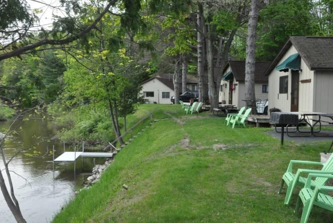 BRR riverside cabins