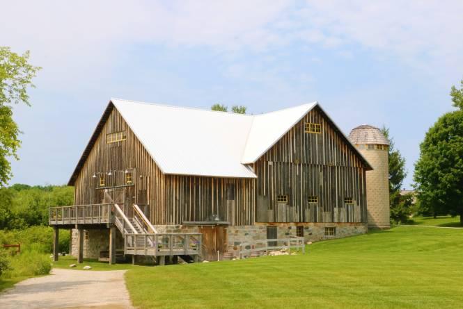 Starry Night Barn & Studios