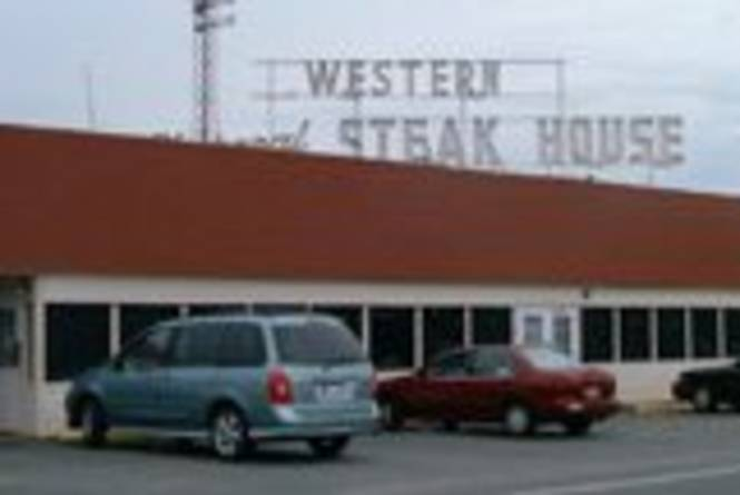 western-charcoal-steakhouse.jpg