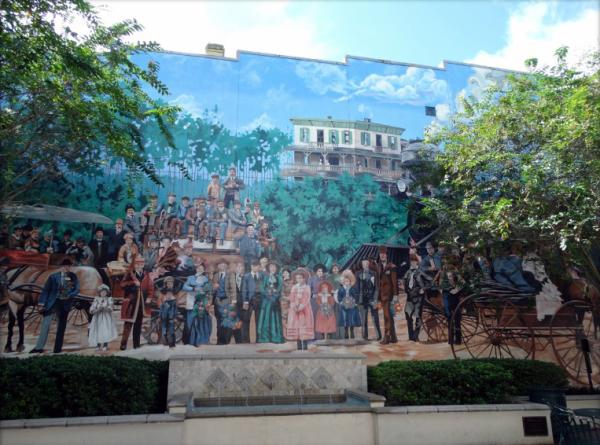 DeLand murals