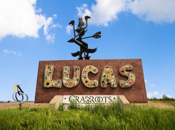 Lucas Sign