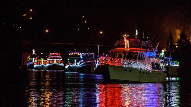 Santa Christmas ships