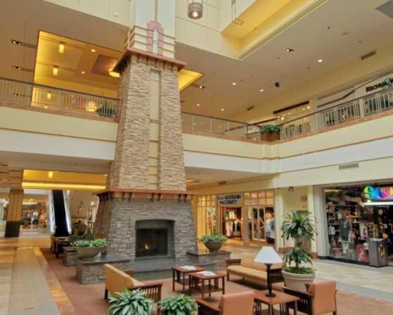 Colonie Center Mall Interior