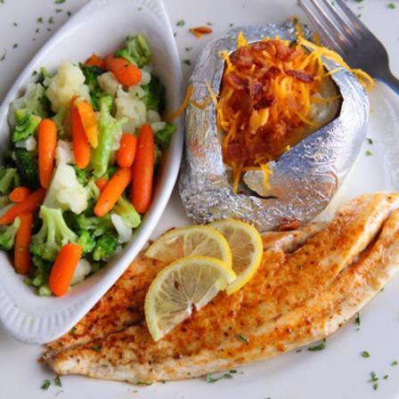Snappers Seafood Restaurant Beach Club Biloxi Ms 39531