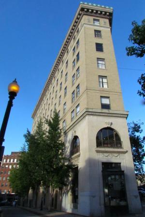 The Flatiron Building - 1920s Architecture