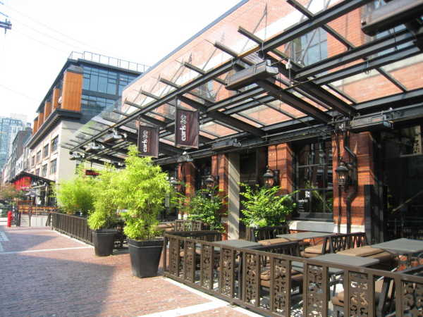 Earls Kitchen & Bar- Yaletown