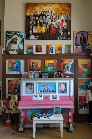 Lori's Art Depot