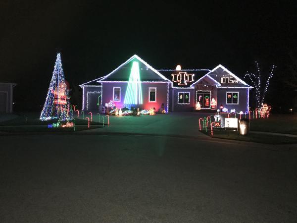 Best Christmas Lights Display - Plumbago Court