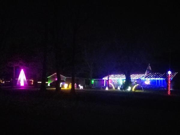 9432 Heffelfinger Road - Best Christmas Lights Display - WEST - Fort Wayne