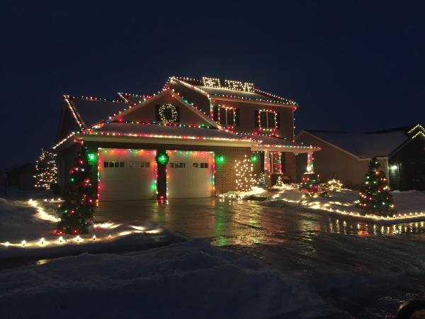 Best Christmas Light Displays in Fort Wayne, Indiana - 7911 Canonero Lane
