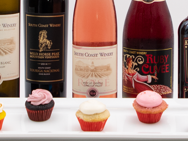 Wine and Cupcake Pairing