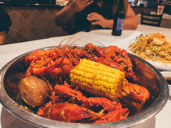 Crawfish and Noodle Restaurant