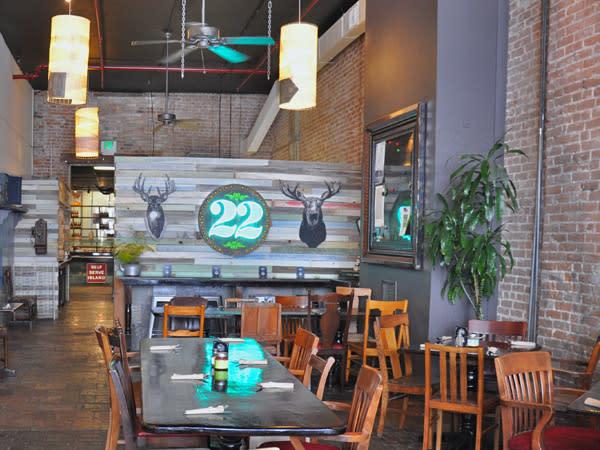 Station 22 Cafe atmosphere